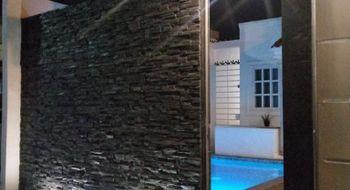NEX-18715 - Casa en Venta en Gran Santa Fe 2, CP 77535, Quintana Roo, con 2 recamaras, con 1 baño, con 105 m2 de construcción.