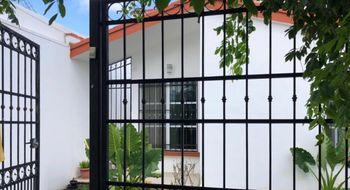 NEX-34826 - Casa en Venta en Supermanzana 515, CP 77535, Quintana Roo, con 3 recamaras, con 2 baños, con 118 m2 de construcción.