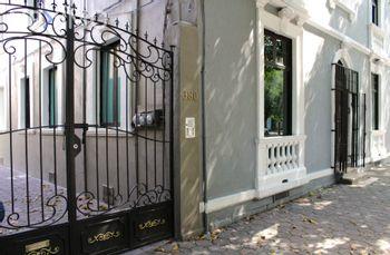 NEX-25778 - Oficina en Renta en Roma Norte, CP 06700, Ciudad de México, con 3 recamaras, con 3 medio baños, con 230 m2 de construcción.