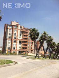 NEX-42160 - Departamento en Renta, con 3 recamaras, con 3 baños, con 274 m2 de construcción en Bosque Real, CP 52774, México.