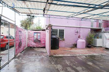 NEX-37516 - Casa en Venta, con 5 recamaras, con 2 baños, con 116 m2 de construcción en La Pradera, CP 07500, Ciudad de México.