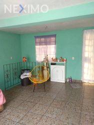 NEX-44996 - Casa en Venta, con 5 recamaras, con 3 baños, con 2 medio baños, con 141 m2 de construcción en La Polvorilla, CP 09750, Ciudad de México.