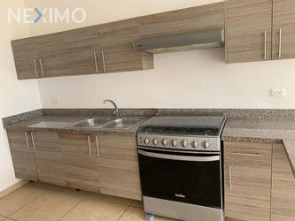 NEX-11914 - Casa en Renta, con 4 recamaras, con 3 baños, con 1 medio baño, con 227 m2 de construcción en Álamos I, CP 77533, Quintana Roo.