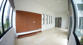 NEX-14288 - Casa en Renta en Álamos I, CP 77533, Quintana Roo, con 3 recamaras, con 3 baños, con 1 medio baño, con 250 m2 de construcción.