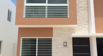 NEX-9481 - Casa en Renta en Gran Santa Fe, CP 77535, Quintana Roo, con 3 recamaras, con 1 baño, con 1 medio baño, con 85 m2 de construcción.