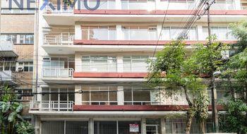 NEX-9856 - Departamento en Venta en Condesa, CP 06140, Ciudad de México, con 3 recamaras, con 1 baño, con 1 medio baño, con 135 m2 de construcción.