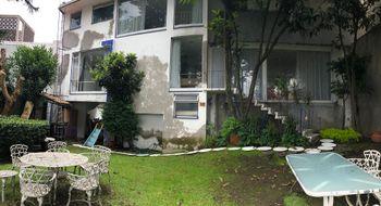 NEX-8966 - Casa en Venta en Lomas de Tecamachalco Sección Cumbres, CP 52780, México, con 4 recamaras, con 4 baños, con 1 medio baño, con 396 m2 de construcción.