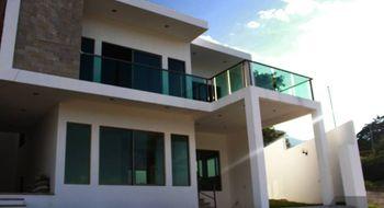 NEX-12406 - Casa en Venta en Colinas del Sur, CP 29066, Chiapas, con 4 recamaras, con 4 baños, con 1 medio baño, con 260 m2 de construcción.