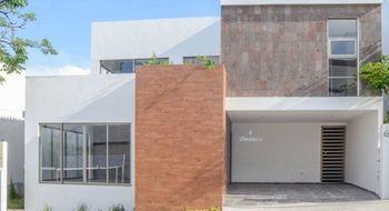 NEX-26842 - Casa en Renta en Colinas del Sur, CP 29066, Chiapas, con 2 recamaras, con 2 baños, con 1 medio baño, con 159 m2 de construcción.