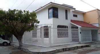 NEX-12428 - Casa en Renta en Moctezuma, CP 29030, Chiapas, con 3 recamaras, con 2 baños, con 1 medio baño, con 220 m2 de construcción.