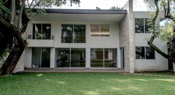 NEX-10043 - Casa en Venta en Buenavista, CP 62130, Morelos, con 4 recamaras, con 4 baños, con 1 medio baño, con 350 m2 de construcción.