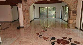 NEX-10245 - Casa en Renta en La Carolina, CP 62190, Morelos, con 4 recamaras, con 4 baños, con 1 medio baño, con 380 m2 de construcción.