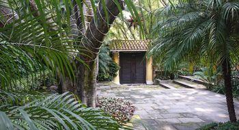 NEX-15221 - Casa en Venta en La Carolina, CP 62190, Morelos, con 3 recamaras, con 3 baños, con 1 medio baño, con 433 m2 de construcción.