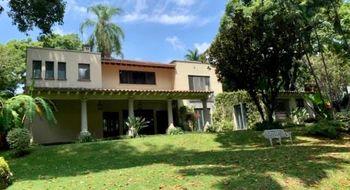 NEX-21278 - Casa en Renta en Acapatzingo, CP 62493, Morelos, con 8 recamaras, con 8 baños, con 1 medio baño, con 614 m2 de construcción.