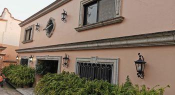 NEX-24005 - Casa en Renta en Tabachines, CP 62498, Morelos, con 4 recamaras, con 4 baños, con 2 medio baños, con 700 m2 de construcción.