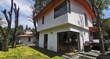 NEX-32668 - Casa en Venta en Tetelpan, CP 01700, Ciudad de México, con 5 recamaras, con 5 baños, con 1 medio baño, con 385 m2 de construcción.