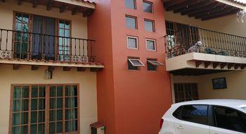 NEX-8053 - Casa en Venta en Los Tulipanes, CP 62388, Morelos, con 4 recamaras, con 3 baños, con 1 medio baño, con 219 m2 de construcción.
