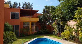 NEX-8278 - Casa en Venta en Lomas de Tetela, CP 62156, Morelos, con 3 recamaras, con 3 baños, con 1 medio baño, con 254 m2 de construcción.