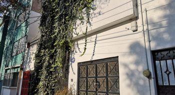 NEX-9684 - Casa en Venta en Hipódromo, CP 06100, Ciudad de México, con 6 recamaras, con 2 baños, con 2 medio baños, con 358 m2 de construcción.