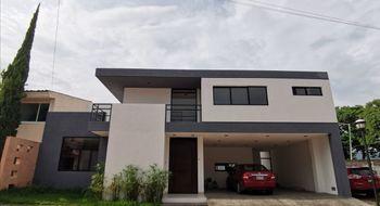 NEX-34436 - Casa en Venta en Campestre Arenal, CP 29057, Chiapas, con 4 recamaras, con 3 baños, con 1 medio baño, con 280 m2 de construcción.