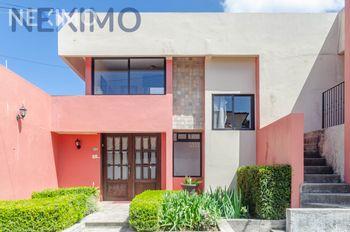 NEX-40755 - Casa en Venta, con 6 recamaras, con 6 baños, con 1 medio baño, con 450 m2 de construcción en Bismark, CP 29267, Chiapas.