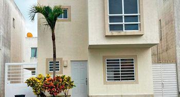 NEX-26134 - Casa en Renta en Jardines del Sur, CP 77536, Quintana Roo, con 3 recamaras, con 2 baños, con 1 medio baño, con 130 m2 de construcción.