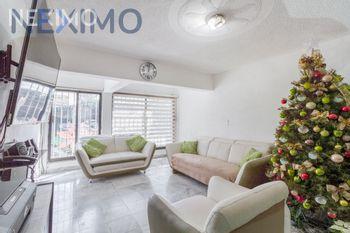 NEX-33550 - Casa en Venta, con 3 recamaras, con 1 baño, con 2 medio baños, con 60 m2 de construcción en Álvaro Obregón, CP 09230, Ciudad de México.