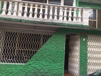 NEX-38868 - Casa en Venta en Ampliación Gabriel Ramos Millán, CP 08020, Ciudad de México, con 4 recamaras, con 3 baños, con 314 m2 de construcción.