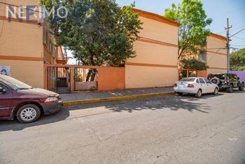 NEX-41276 - Departamento en Venta en Constitución de 1917, CP 09260, Ciudad de México, con 3 recamaras, con 1 baño, con 78 m2 de construcción.