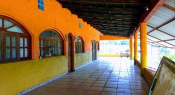NEX-10135 - Casa en Venta en San Antonio, CP 29140, Chiapas, con 3 recamaras, con 3 baños, con 1 medio baño, con 400 m2 de construcción.