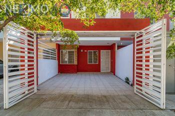 NEX-41958 - Casa en Venta, con 2 recamaras, con 2 baños, con 80 m2 de construcción en Parques del Bosque, CP 45609, Jalisco.