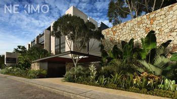 NEX-14863 - Departamento en Venta, con 3 recamaras, con 3 baños, con 170 m2 de construcción en Villas Del Sol, CP 97118, Yucatán.