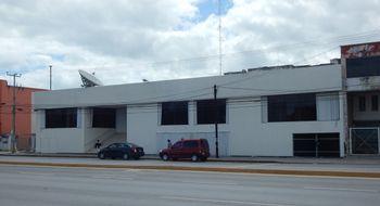 NEX-10433 - Oficina en Renta en Supermanzana 66, CP 77510, Quintana Roo, con 8 recamaras, con 1 baño, con 4 medio baños, con 1100 m2 de construcción.
