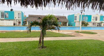 NEX-25774 - Casa en Venta en Villas de San Martín, CP 96535, Veracruz de Ignacio de la Llave, con 3 recamaras, con 2 baños, con 1 medio baño, con 110 m2 de construcción.
