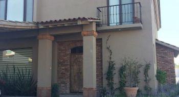 NEX-19504 - Casa en Venta en Juriquilla, CP 76226, Querétaro, con 3 recamaras, con 3 baños, con 1 medio baño, con 400 m2 de construcción.