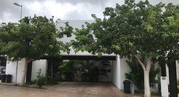 NEX-10329 - Casa en Venta en Altabrisa, CP 97130, Yucatán, con 3 recamaras, con 4 baños, con 1 medio baño, con 330 m2 de construcción.