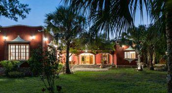 NEX-14352 - Casa en Venta en Cholul, CP 97305, Yucatán, con 3 recamaras, con 3 baños, con 623 m2 de construcción.