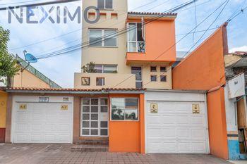 NEX-50274 - Casa en Venta, con 2 recamaras, con 3 baños, con 1 medio baño, con 158 m2 de construcción en Progreso Tizapan, CP 01080, Ciudad de México.