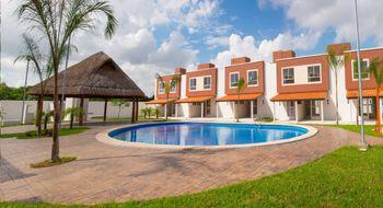 NEX-14159 - Casa en Renta en Residencial Turquesa, CP 77517, Quintana Roo, con 2 recamaras, con 1 baño, con 1 medio baño, con 75 m2 de construcción.