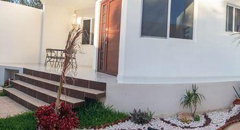 NEX-15341 - Casa en Renta en Cancún Centro, CP 77500, Quintana Roo, con 4 recamaras, con 4 baños, con 1 medio baño, con 100 m2 de construcción.