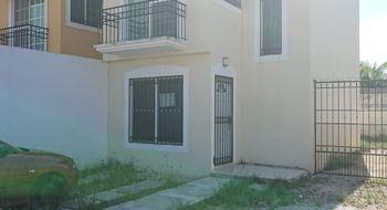 NEX-15465 - Casa en Renta en Santa Fe (Supermanzana 524), CP 77534, Quintana Roo, con 2 recamaras, con 1 baño, con 100 m2 de construcción.