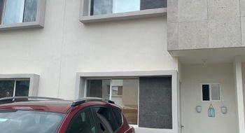 NEX-22766 - Casa en Renta en Jardines del Sur, CP 77536, Quintana Roo, con 3 recamaras, con 3 baños, con 300 m2 de construcción.