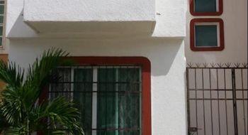 NEX-23758 - Casa en Renta en Gran Santa Fe, CP 77535, Quintana Roo, con 2 recamaras, con 2 baños, con 200 m2 de construcción.