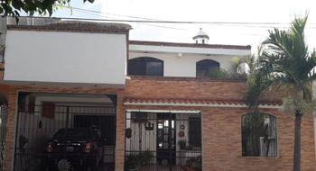 NEX-23939 - Casa en Venta en Supermanzana 58, CP 77515, Quintana Roo, con 3 recamaras, con 2 baños, con 300 m2 de construcción.