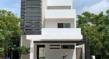 NEX-25002 - Casa en Venta en Alfredo V Bonfil, CP 77560, Quintana Roo, con 4 recamaras, con 3 baños, con 1 medio baño, con 365 m2 de construcción.
