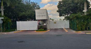 NEX-25704 - Casa en Renta en Jardines del Sur, CP 77536, Quintana Roo, con 3 recamaras, con 3 baños, con 300 m2 de construcción.