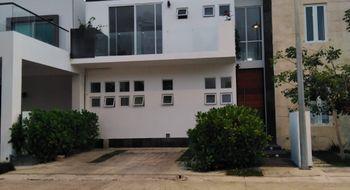 NEX-26172 - Casa en Renta en Alfredo V Bonfil, CP 77560, Quintana Roo, con 3 recamaras, con 3 baños, con 1 medio baño, con 180 m2 de construcción.