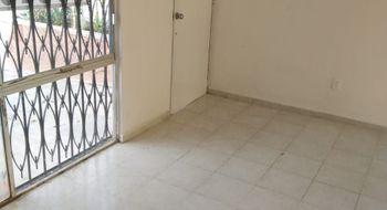 NEX-26857 - Casa en Venta en Supermanzana 520, CP 77536, Quintana Roo, con 2 recamaras, con 1 baño, con 120 m2 de construcción.