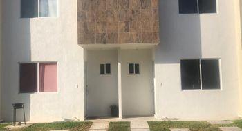 NEX-27094 - Casa en Renta en Jardines del Sur, CP 77536, Quintana Roo, con 3 recamaras, con 3 baños, con 89 m2 de construcción.
