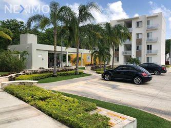 NEX-27385 - Departamento en Renta, con 2 recamaras, con 1 baño, con 72 m2 de construcción en Jardines del Sur, CP 77536, Quintana Roo.
